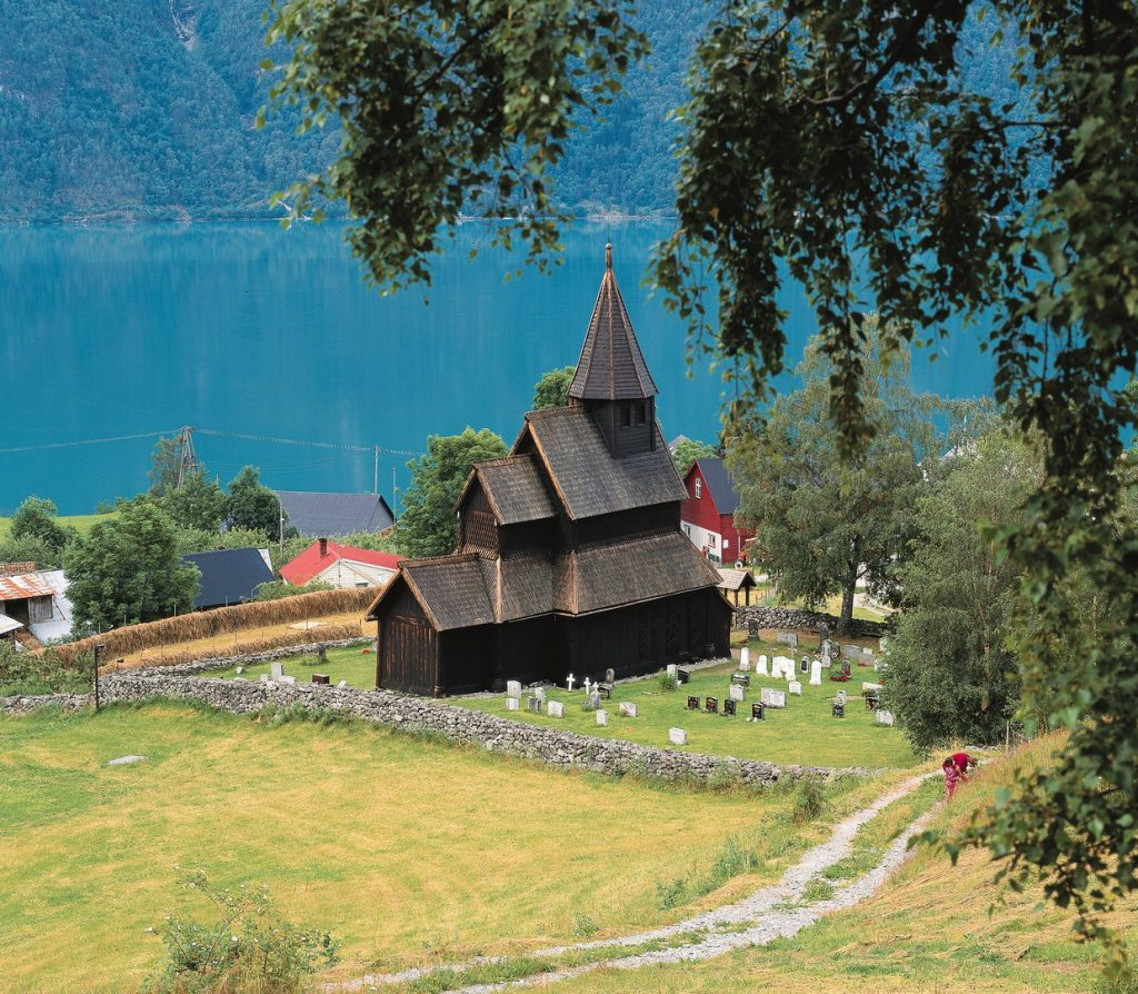 Urnes Stave crkva, Sognefjord. Izvor: Per Eide - Visitnorway.com