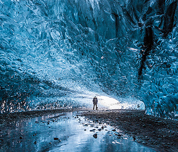 ice-cave-vatnajokull-glacier-photography-iceland-julien-ratel-fb