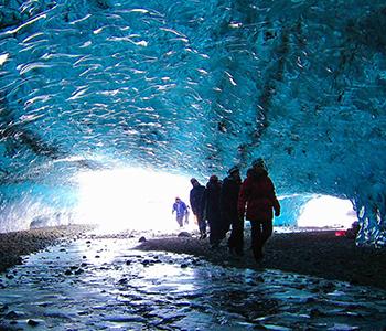iceland-glacier-caving