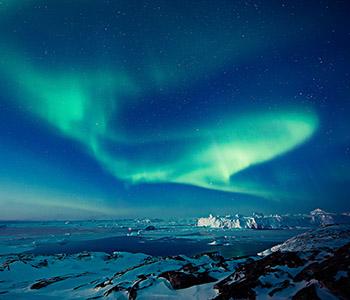 ilulissatnorthgreenland-northernlights-greenland-ilovegreenland-©andreschoenherr