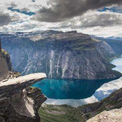 Trolltunga, Skjeggedal. Izvor: Scott Sporleder/FjordNorway