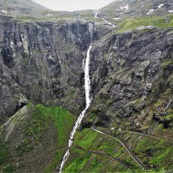 Stigfossen vodopad, Trolska cesta. Izvor: NordicPoint