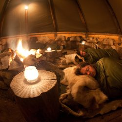 Aurora kamp, Sami šator