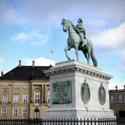 Statua Fredrika V, Amalienborg. Izvor: NordicPoint